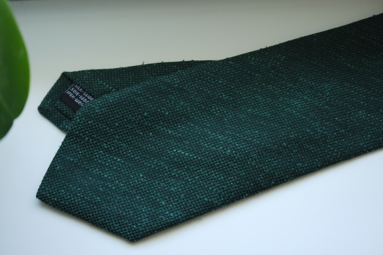 Solid Textured Shantung Tie - Dark Green
