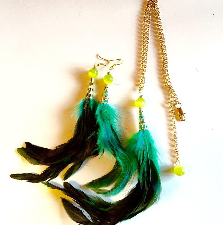 Fjäderset halsband+örhängen Grön