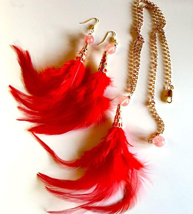 Fjäderset halsband+örhängen Röd