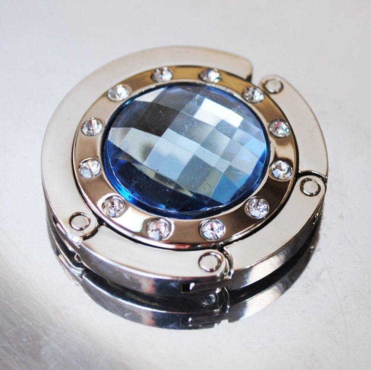 Väskhängare i silver och ljusblå
