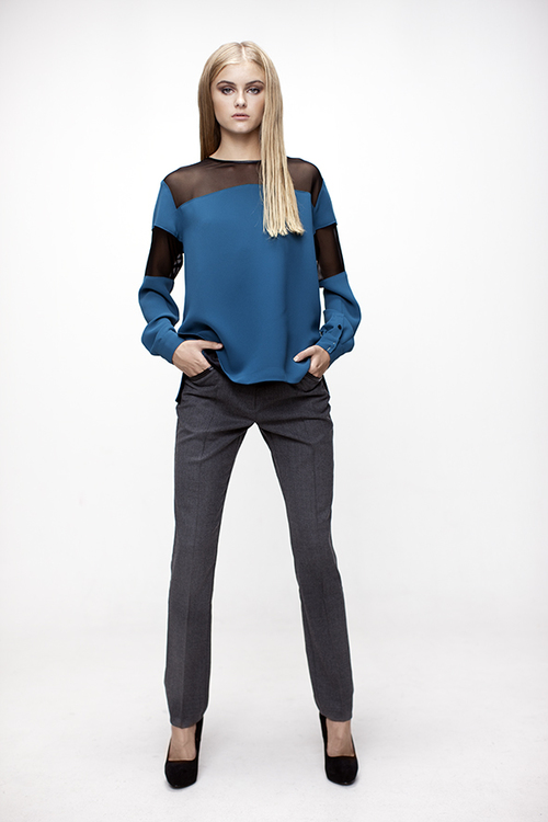 MANUELLA LOOSE FIT BLOUSE