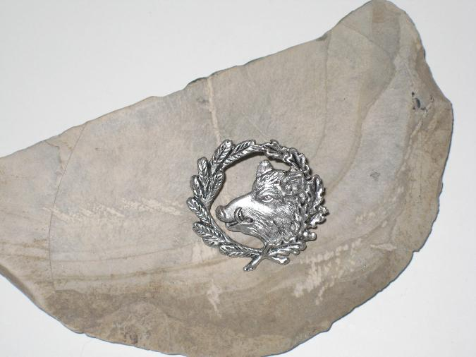 Hattpins metallkrans