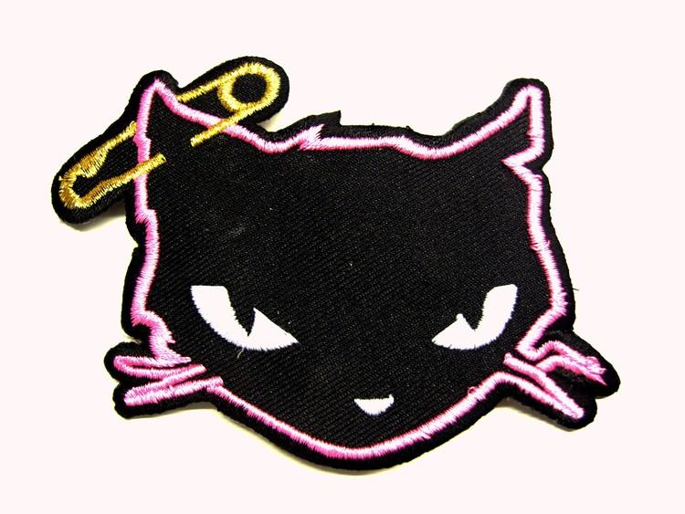 Punk cat Rosa