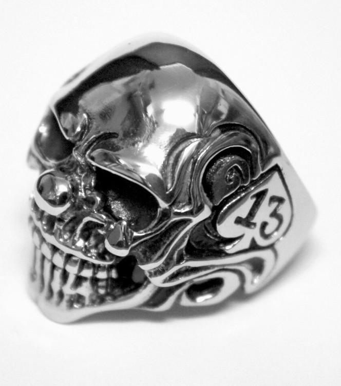 Skull/13