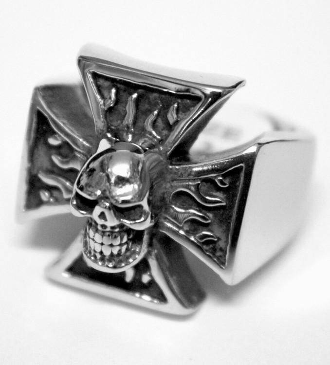 Malteser/skull