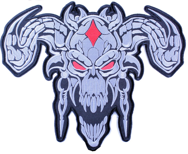 Skull w. horns XL