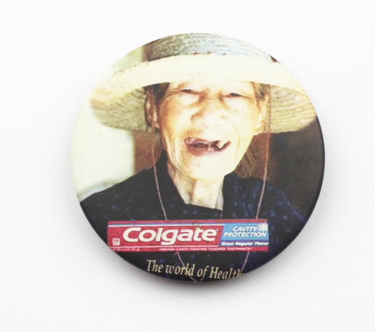 Pin Colgate smile