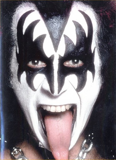 Gene Simmons bloodbass