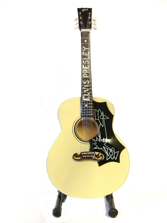 Elvis Presley western gitarr