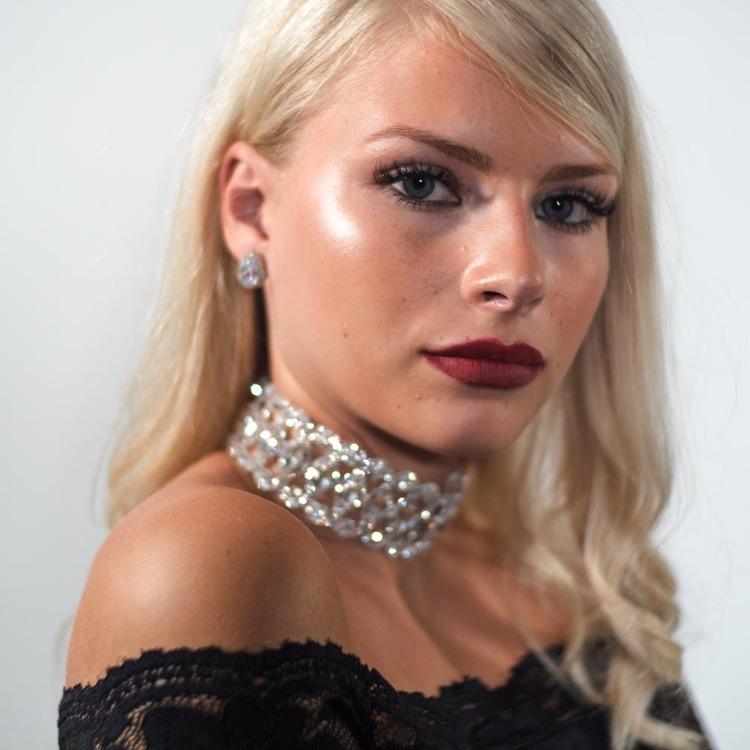 Anastasia - Kristall halsband