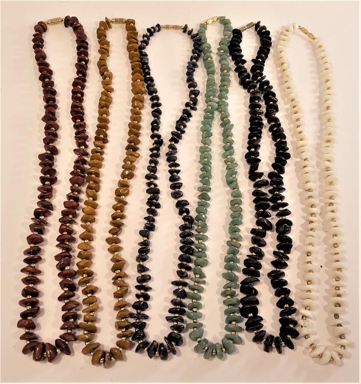Halsband med sten i olika färger, 6 olika att välja på, x1