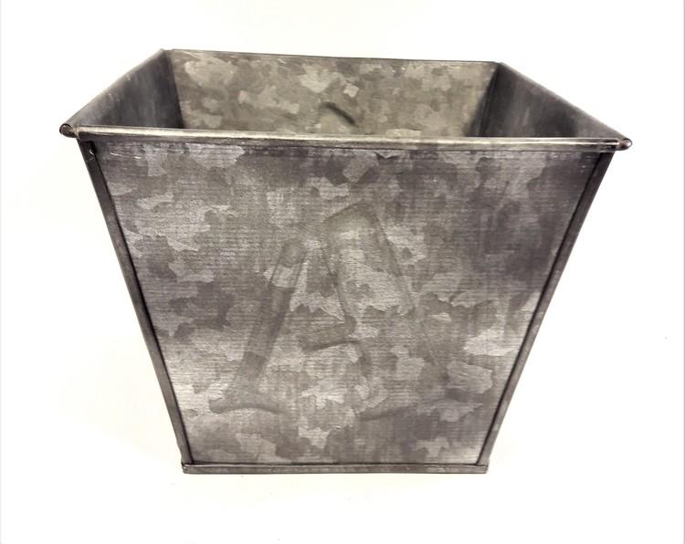 Fyrkantig kruka/bunke i metall, chabby chique