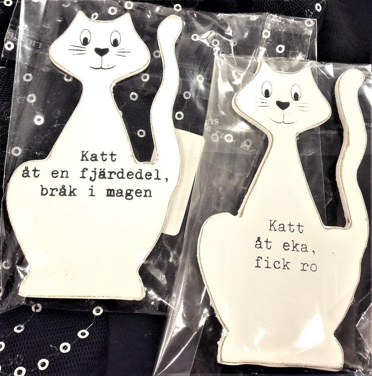 Vit katt i trä med text, 2 varianter