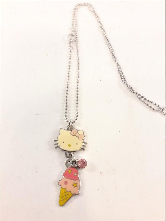 Halskedja med 2 Hello Kitty berlocker och sten