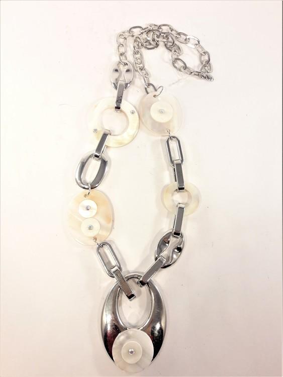 Halsband Rhodium med snäckdetaljer