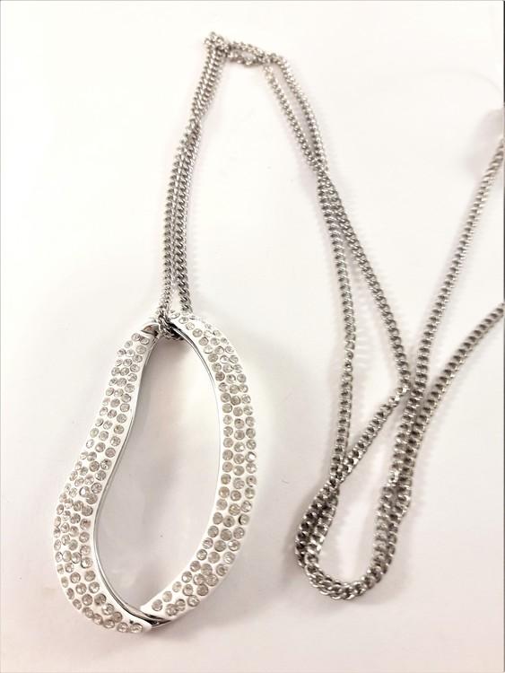 Halsband med Ovalt Hänge och Glittrande Strass Vit