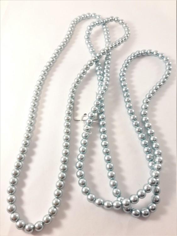 Pärlhalsband med turkosa pärlor