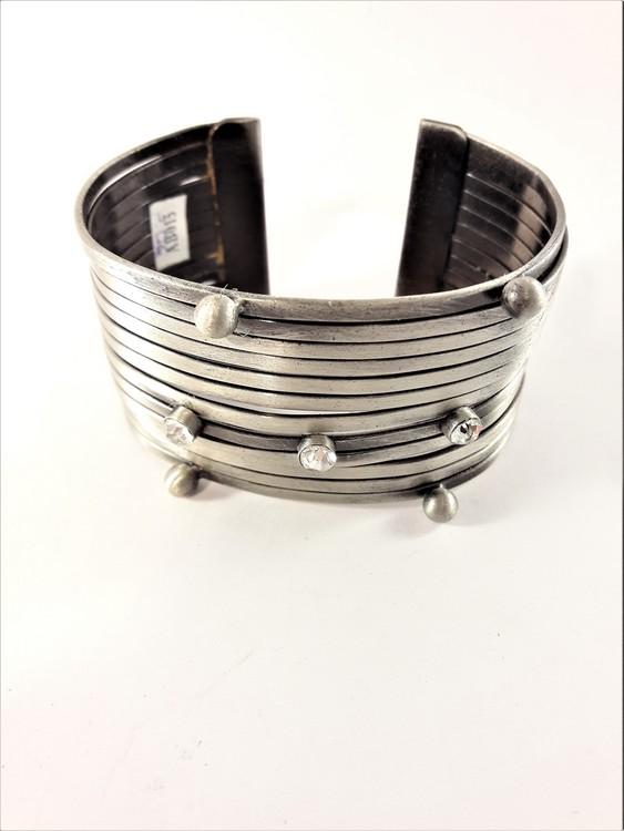 Brett Stelt Armband Silverfärg