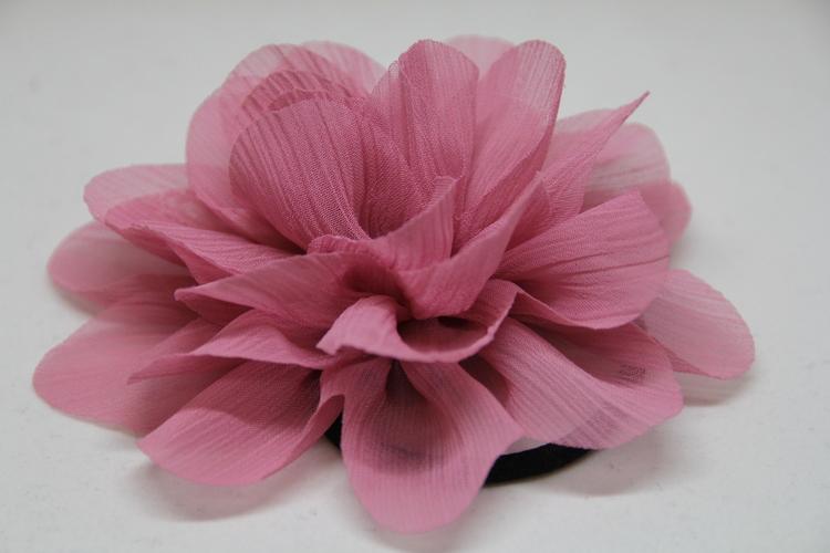 Hårsnodd, rosa färg, med klämma