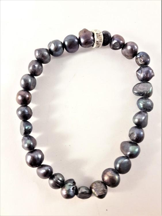 Enkelt Armband med Små Blågröna Pärlor och Ring med Strass
