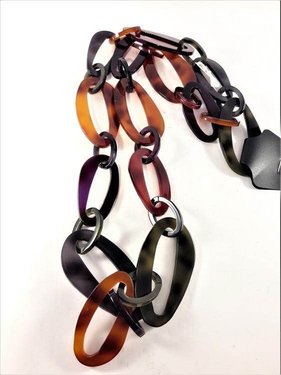 Halsband med länkar i multifärgad acryl