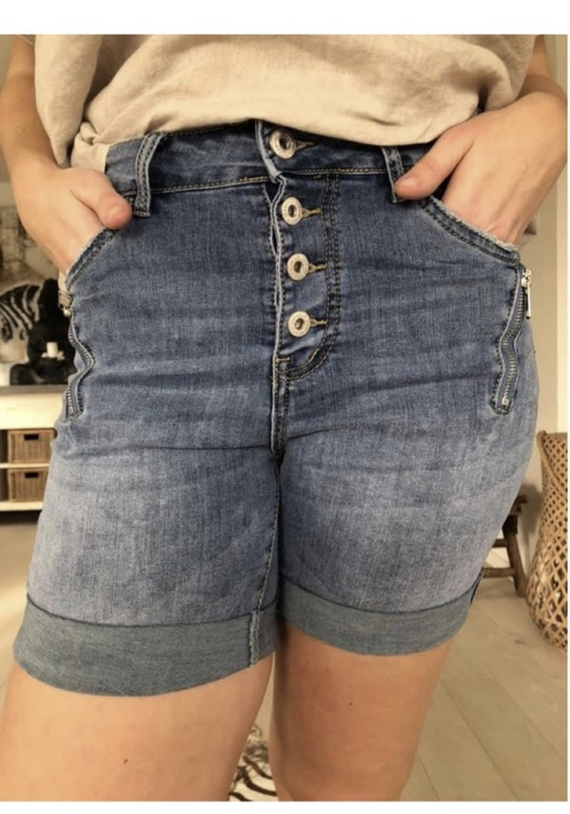 Jeans shorts med dragkedja vid fickan