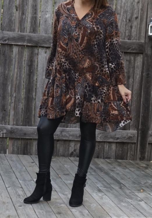 Mönstrad brun tunika/klänning