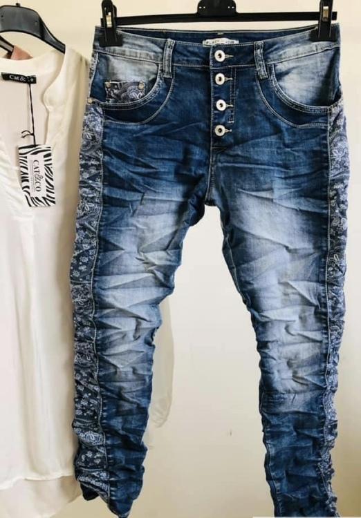 Place du jour Jeans med blommigt tyg inslag