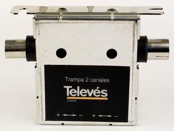 Spärrfilter UHF två vågfällor
