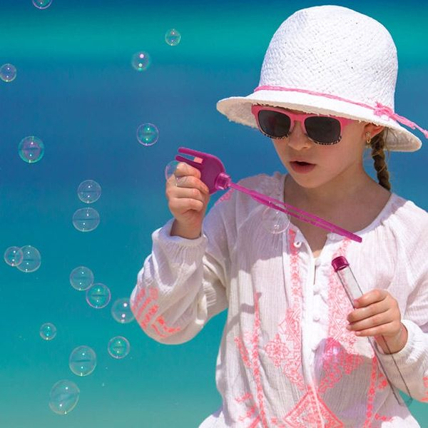 Strandleksak med såpbubblor