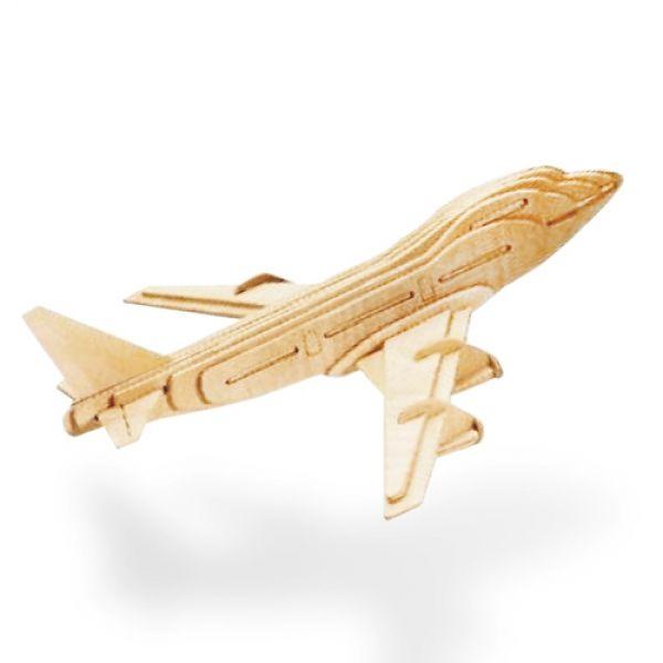 Flygplanspussel i trä