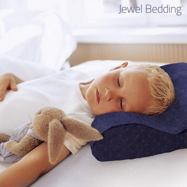 kudde-med-minnesskum-och-orngott-jewel-bedding