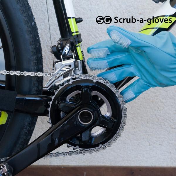 rengoringshandskar-med-borstar-scrub-a-gloves-2-st