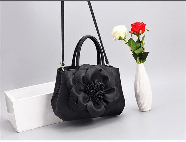 PU Mjuk Läderväskor Kvinnor 3D Blommor 2019