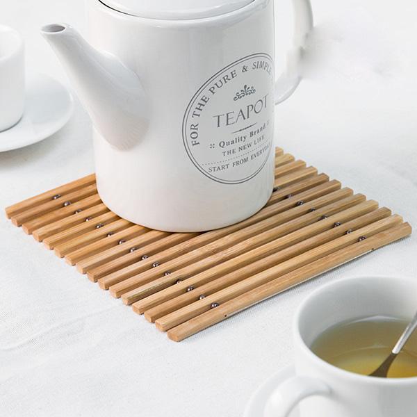 3st-bordstablett-i-bambu