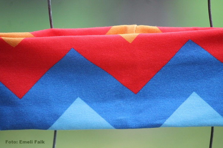 Färgglatt pannband för barn