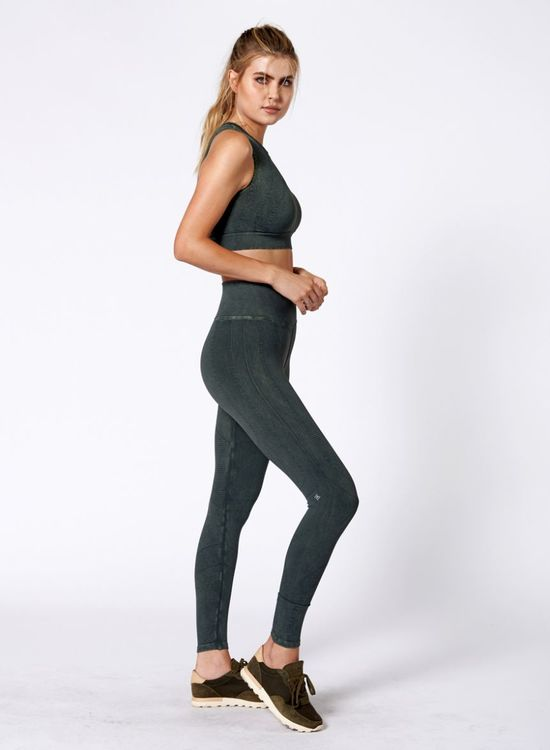NUX, One by one crop Forest green