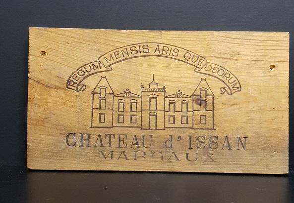 Träskylt från gammal trälåda  Priemure Lichine Margaux
