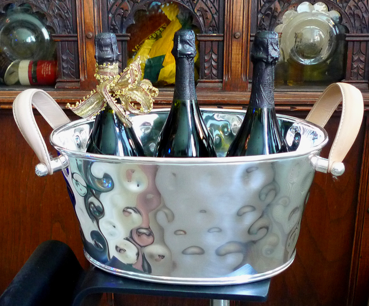 Champagnekylare oval för 4 vinflaskor