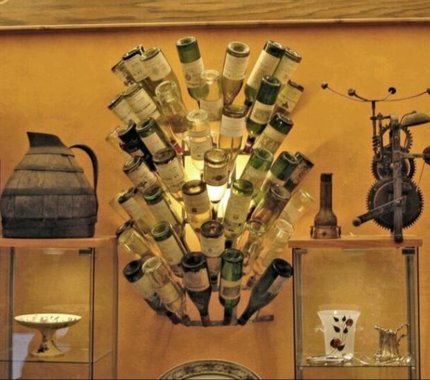 Flasktork rund väggfast Frankrike