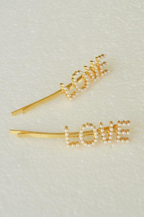 LOVE hårspänne pärlor