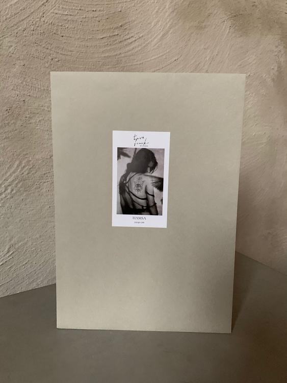 21x30 print Hamsa