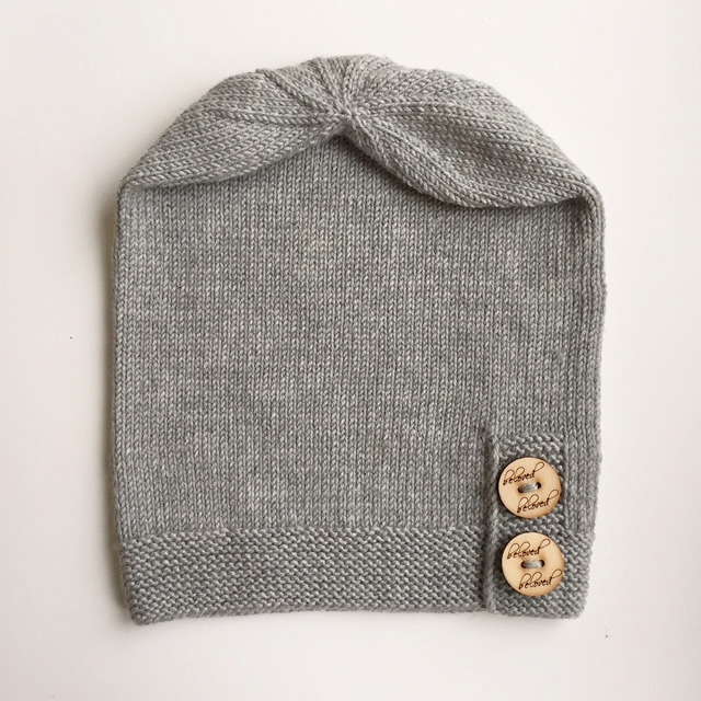 Slouchy Beanie, Merino wool. Light grey.