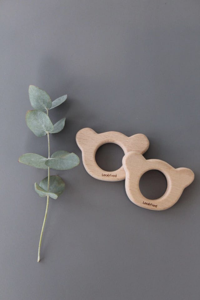 Small Wooden teething ring, bear Leo & Fred