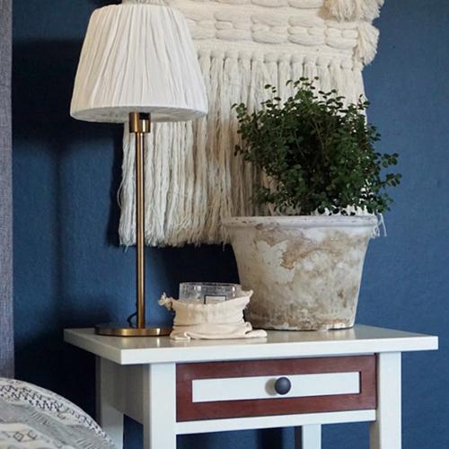 Katarina – möbeldekor till avlastningsbordet Hemnes (beställningsvara)
