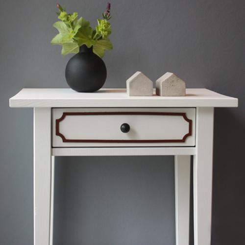 Magdalena – möbeldekor till avlastningsbordet Hemnes (beställningsvara)