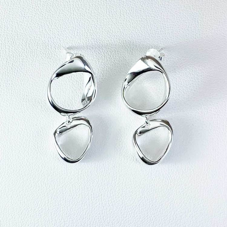 Snygga silver örhängen AMY från Catwalk Jewellery