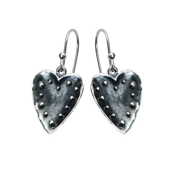 Örhängen [HEART] i oxiderat 925 silver