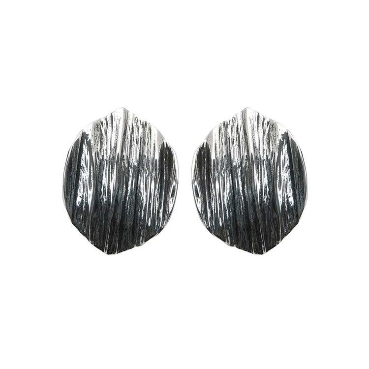 Örhängen Black Leaves Oxidized Silver