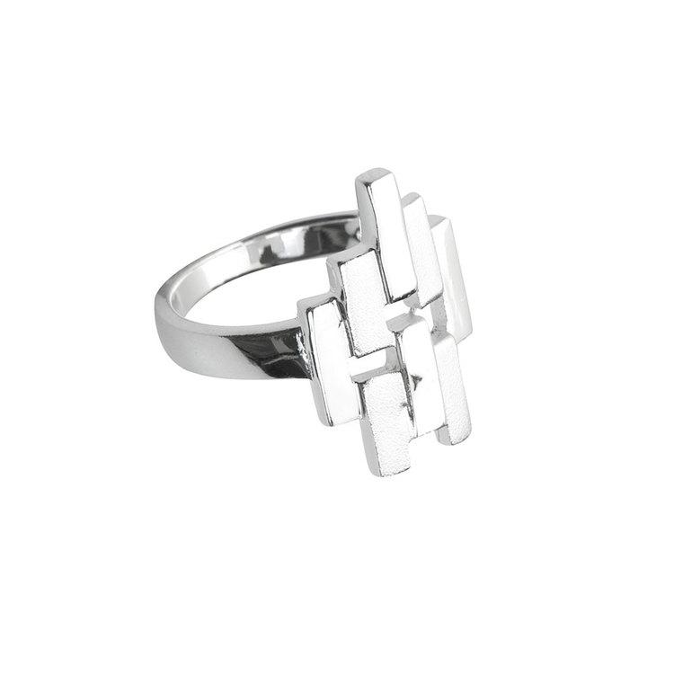 snygg ring Ayla i silver från Catwalk Jewellery